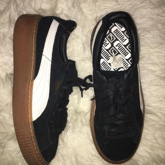 98c4ec4815e6d7 Black and White Gumsole Platform Puma Sneakers. M 5b738b0d42aa76a8c7c3e6c4
